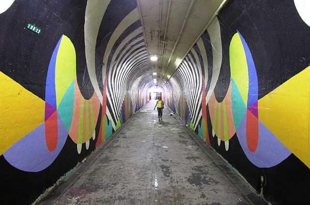 2015_191st_street_irt_station_tunnel_3