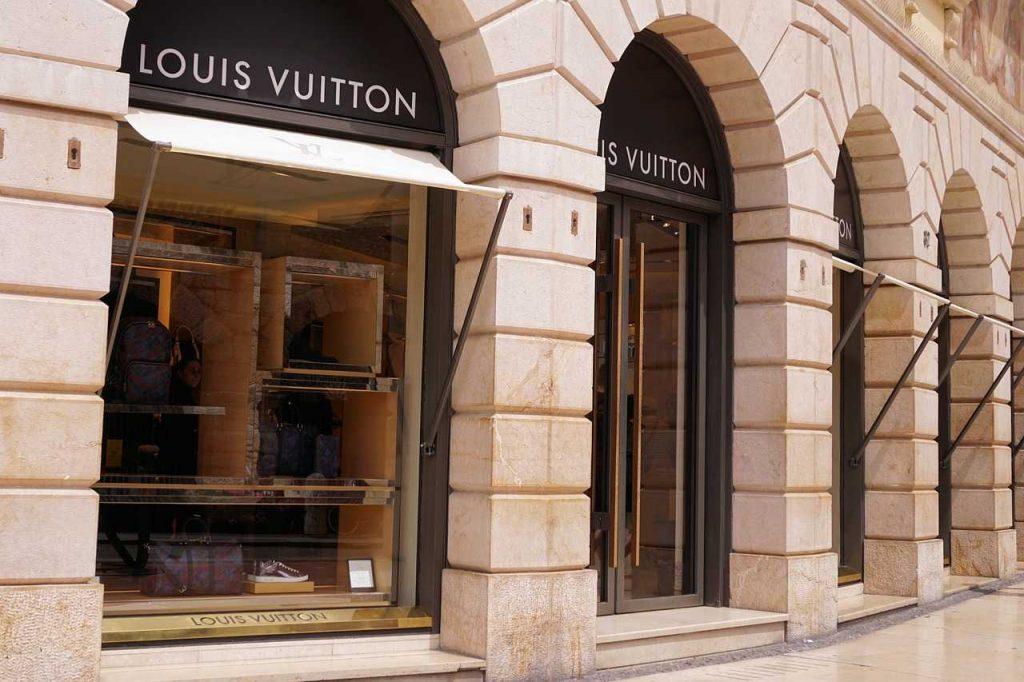Louis Vuitton Shopping in LA