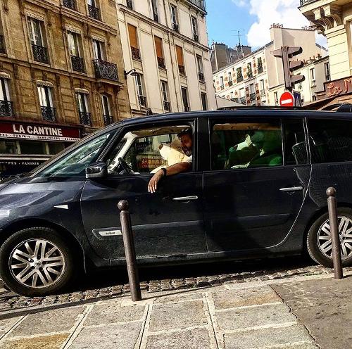 Teddy Bears in van.
