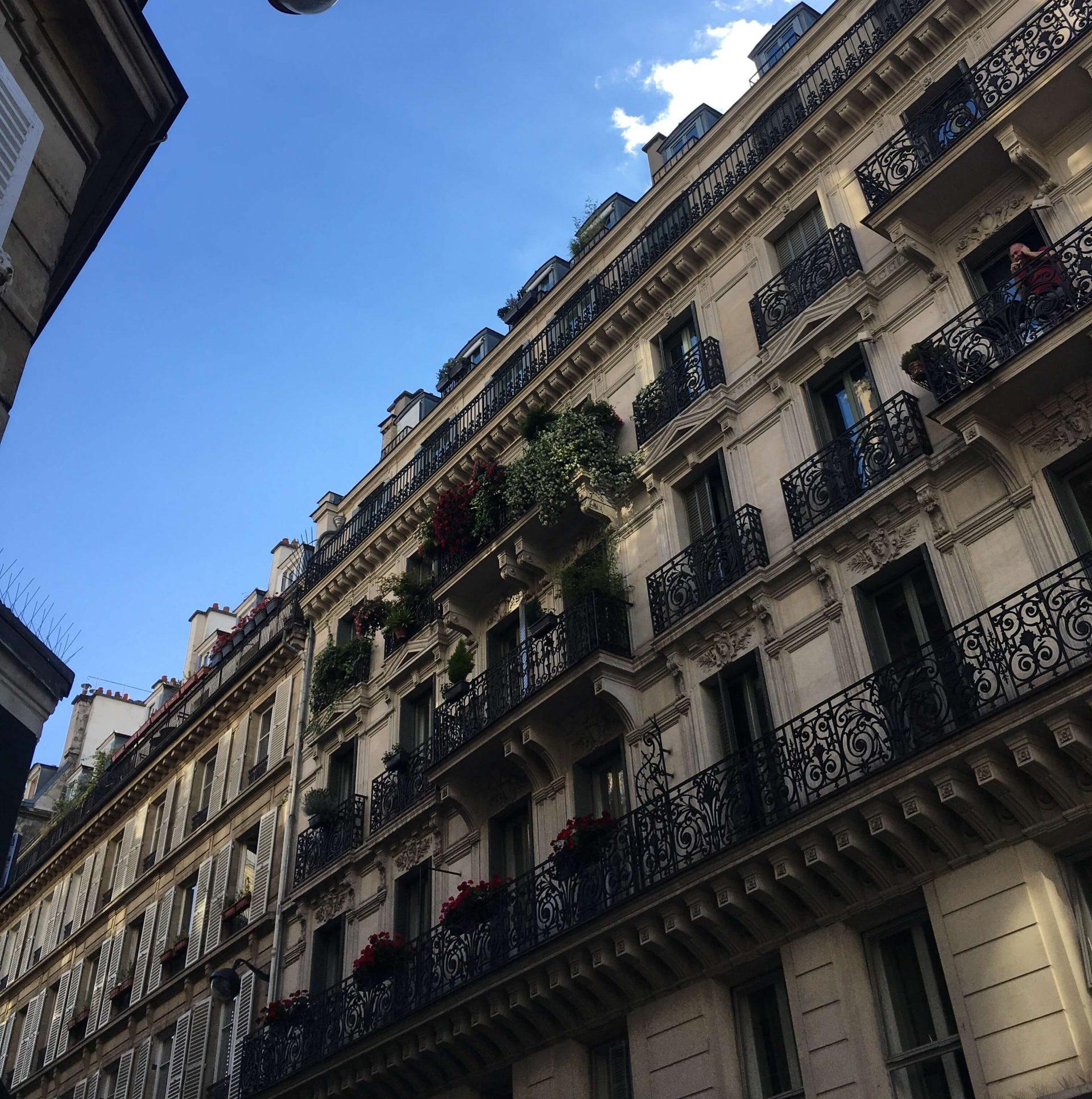 Balconies in Châtelet