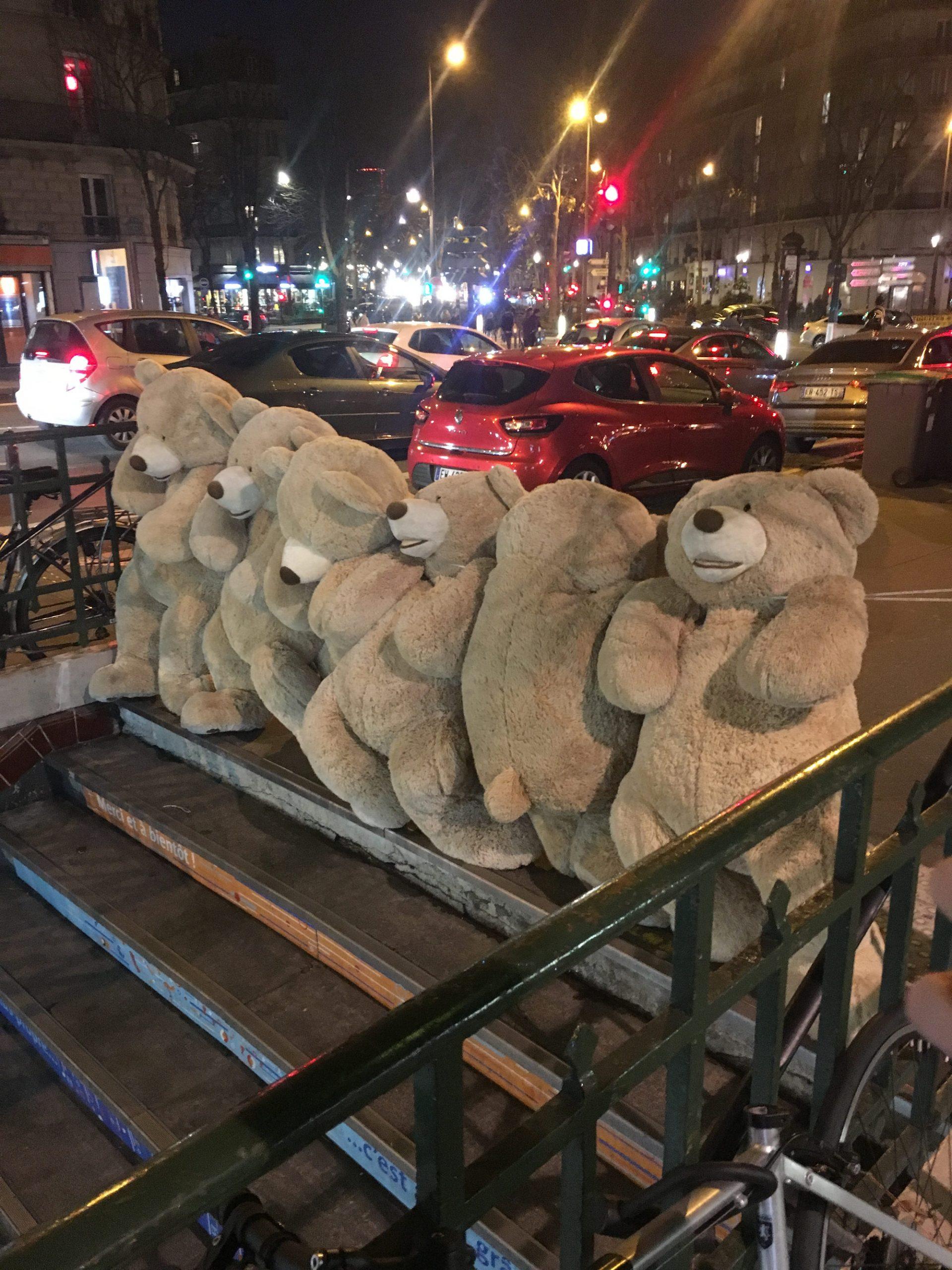 Les Gobelins Teddy Bears.