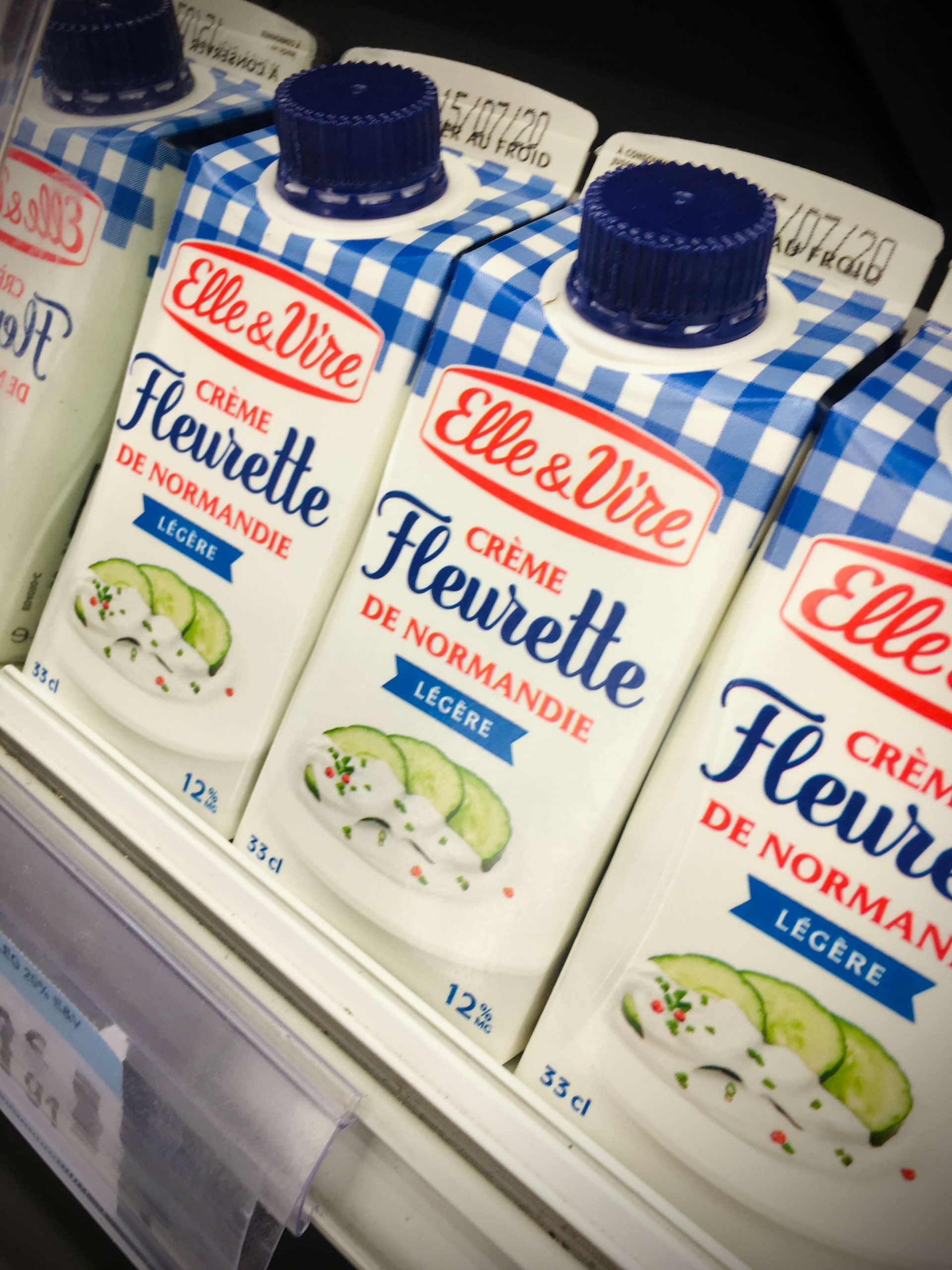 Small cartons of French heavy cream