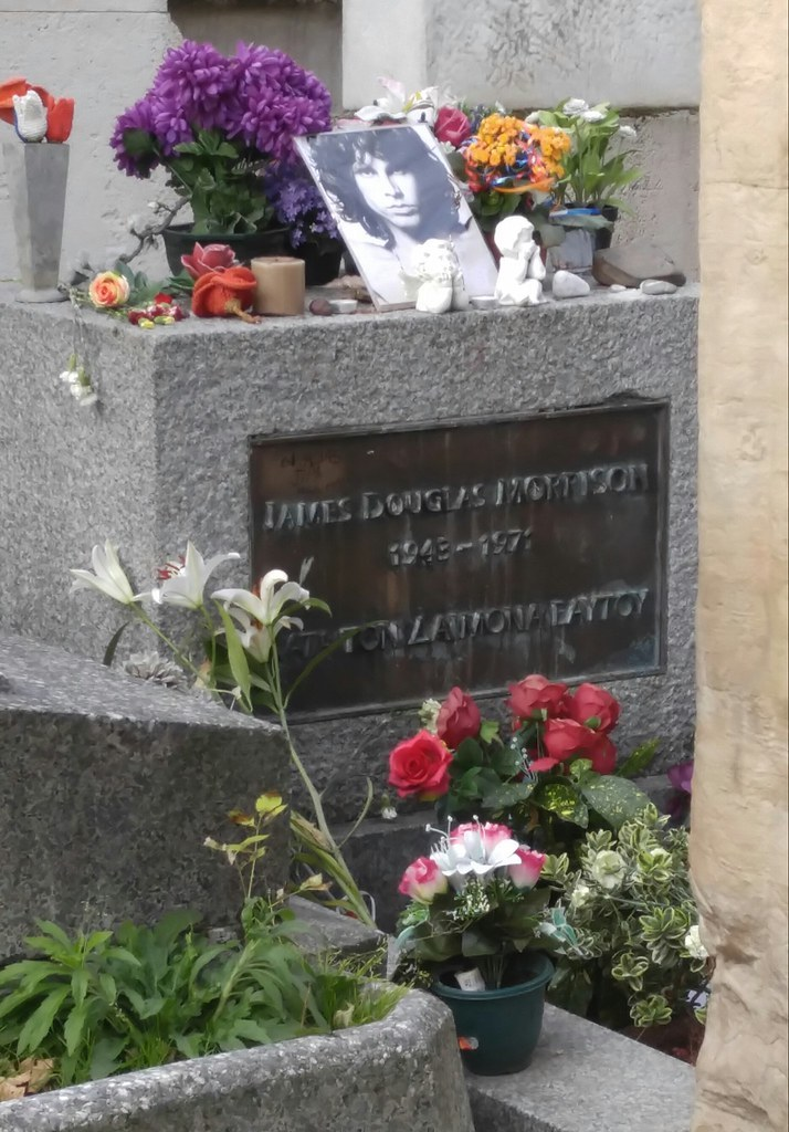 A view of the grave of Jim Morrison