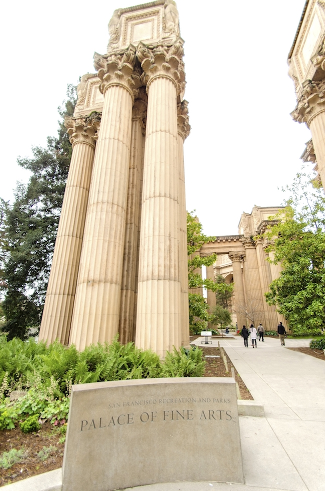 The entrance to the Palace of Fine Arts in San Francisco with a colonnade