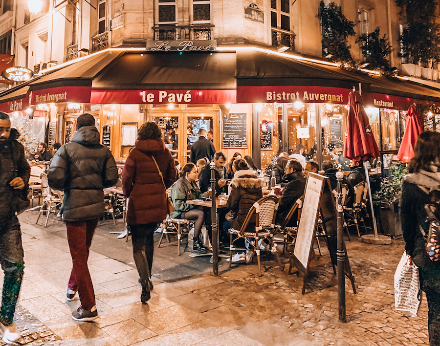 Le Pave bistro in Châtelet