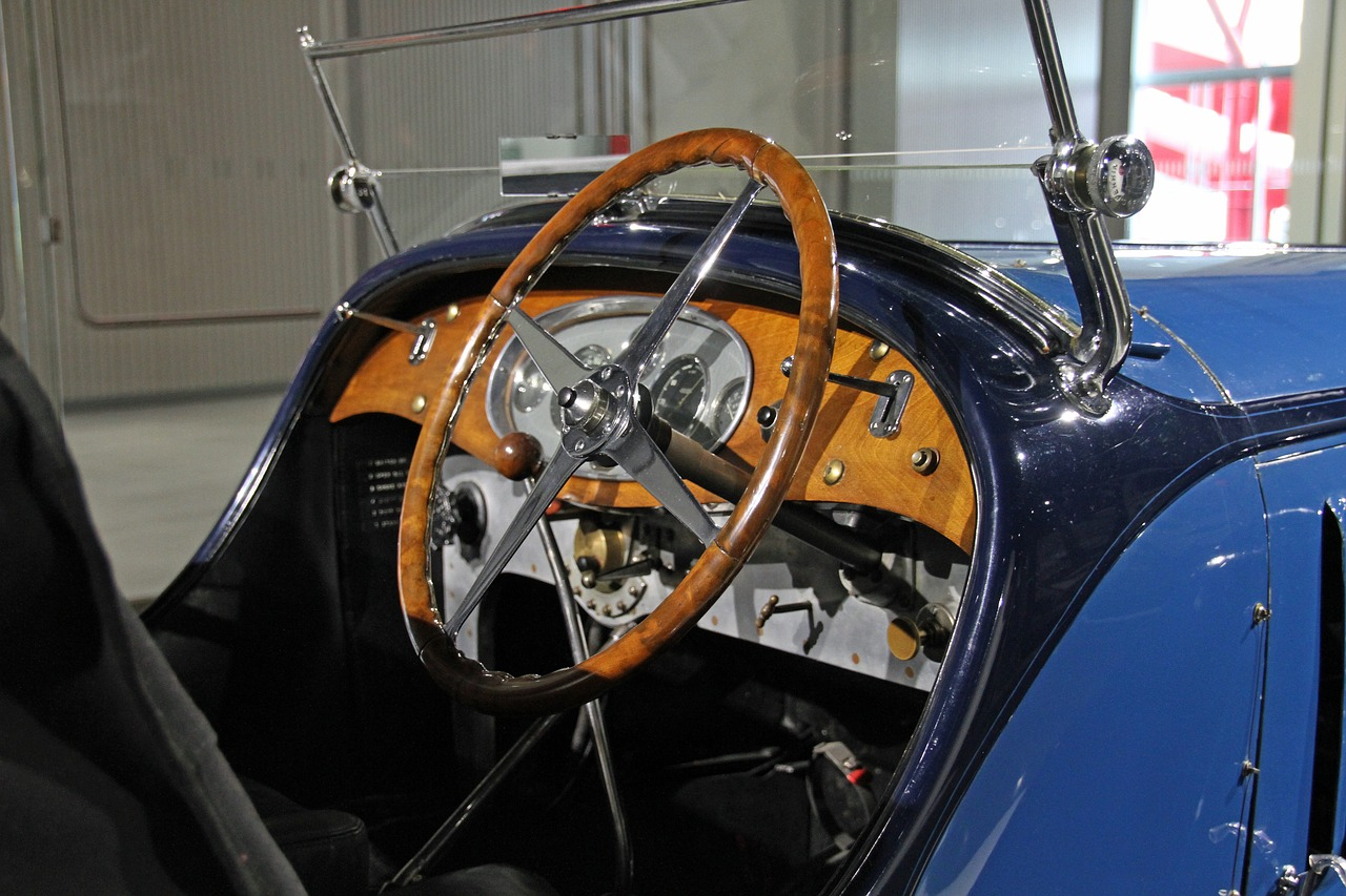 Dashboard for a vintage car at the Petersen museum in LA