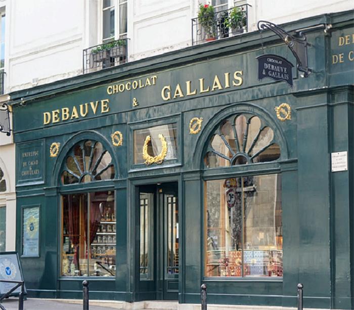 Debauve and Gallais storefront in Paris