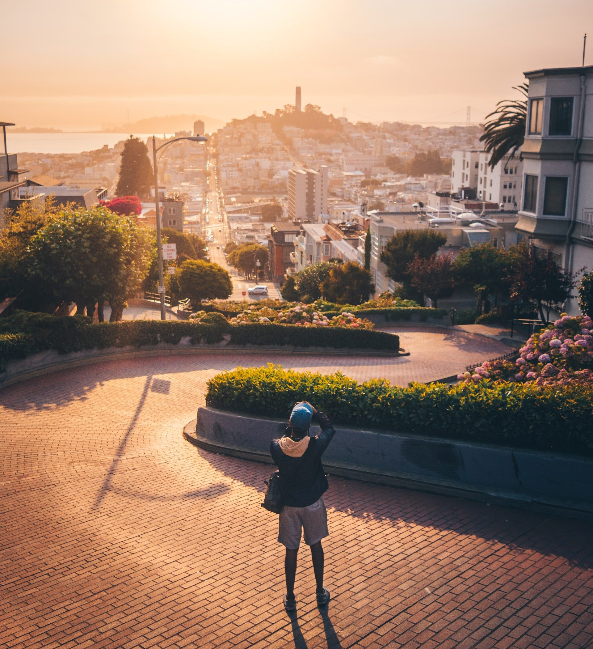 Photographing Lombard Street in San Francisco at sunrise