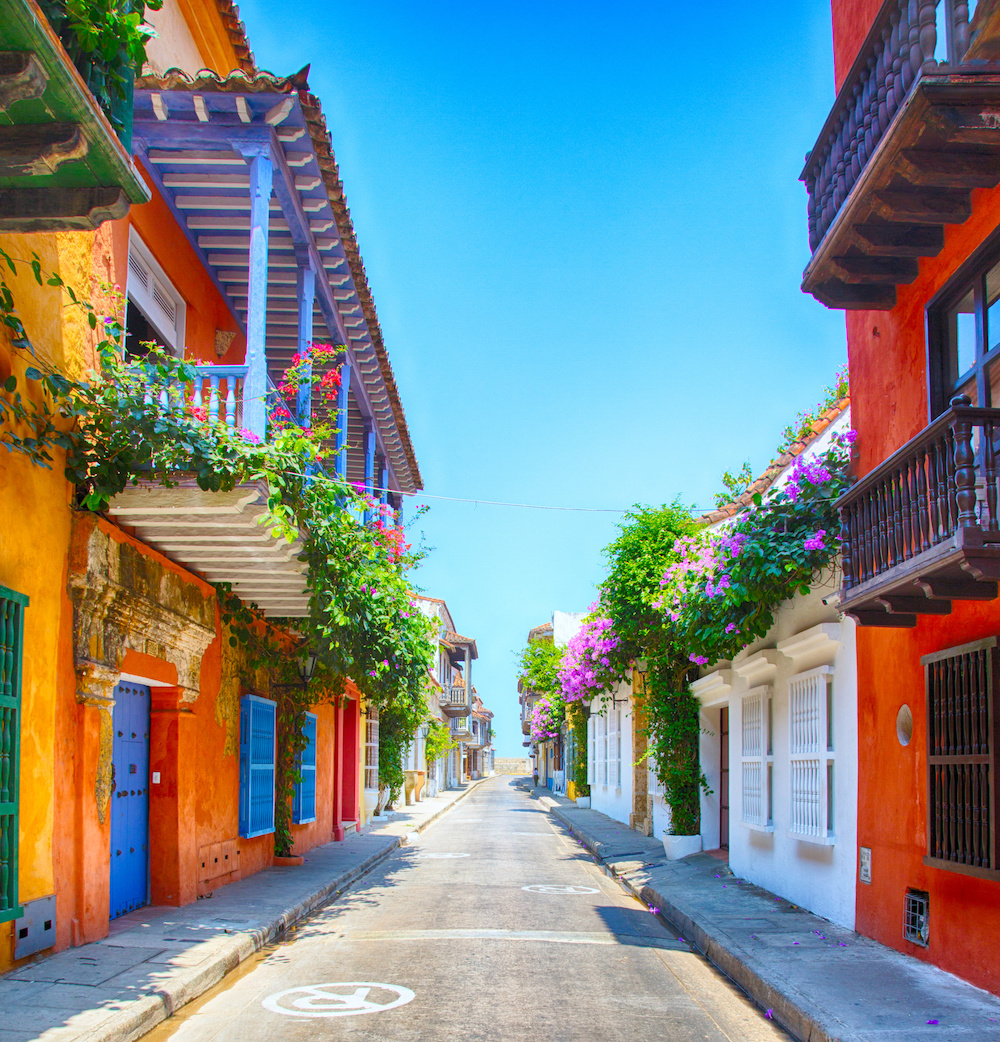 The colorful streets of Cartagena on day 5 of the luxury Cartagena travel itinerary