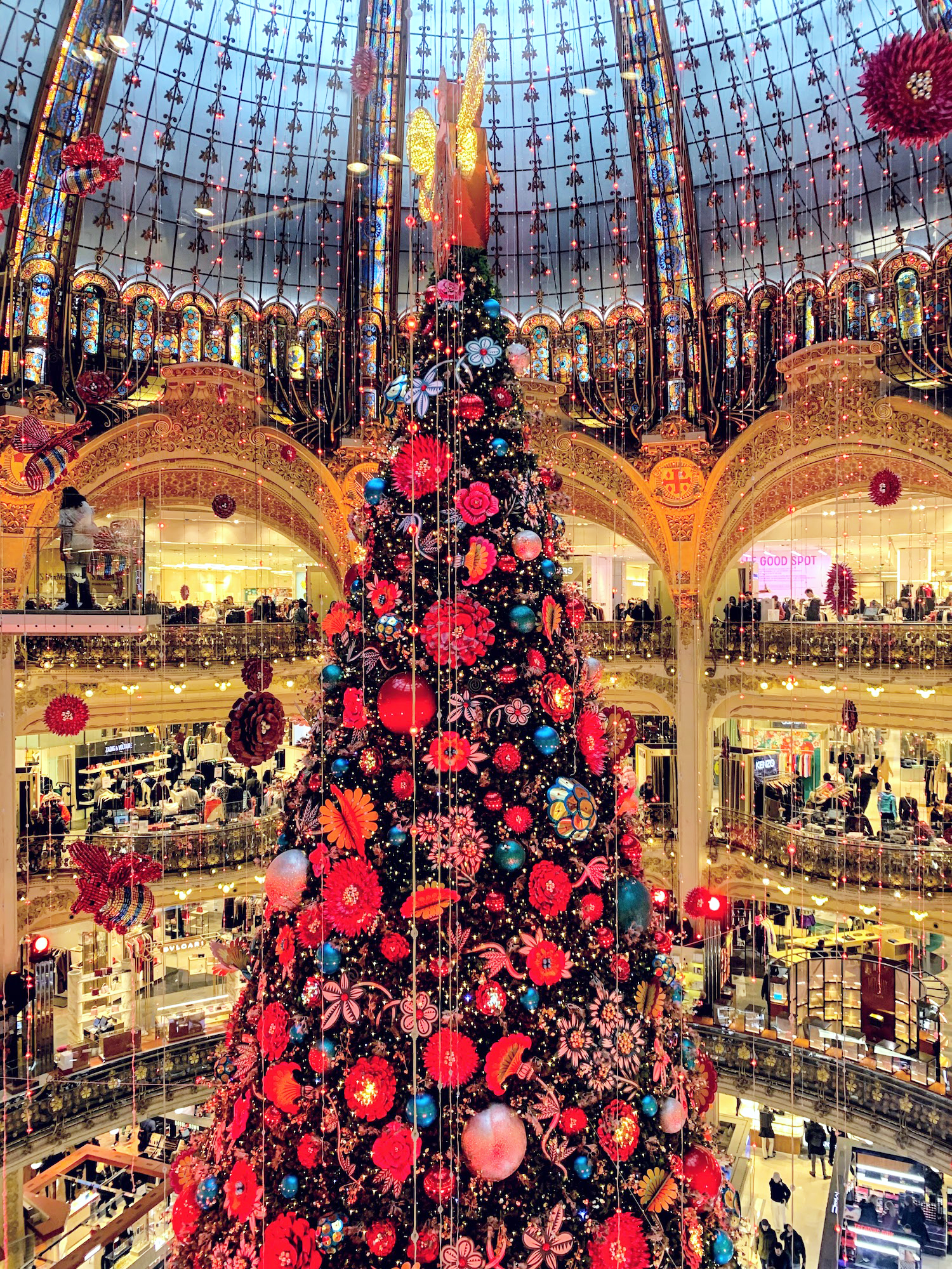 Giant Christmas tree inside the Galeries Lafayette
