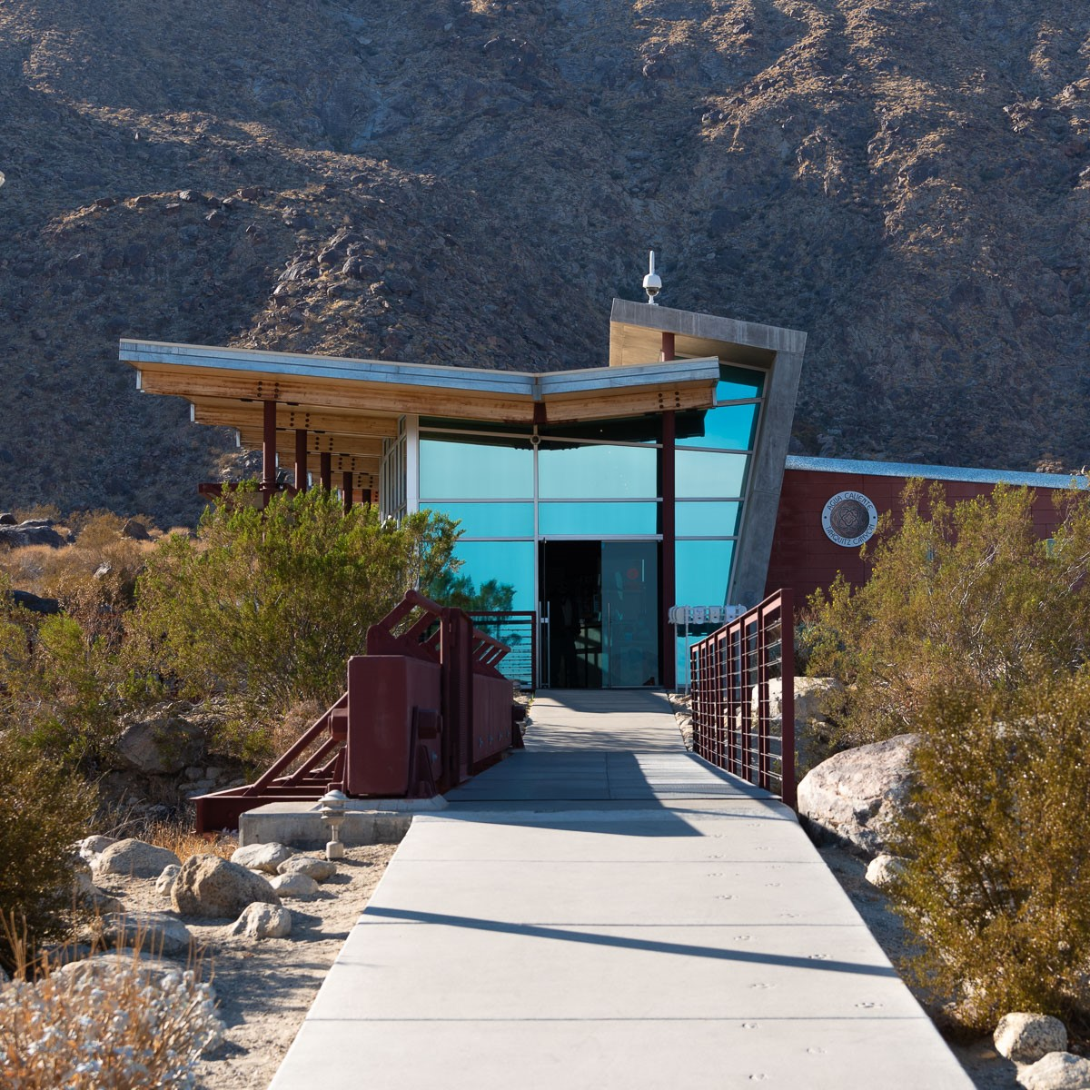 Tahquitz Fall Trail Entrance