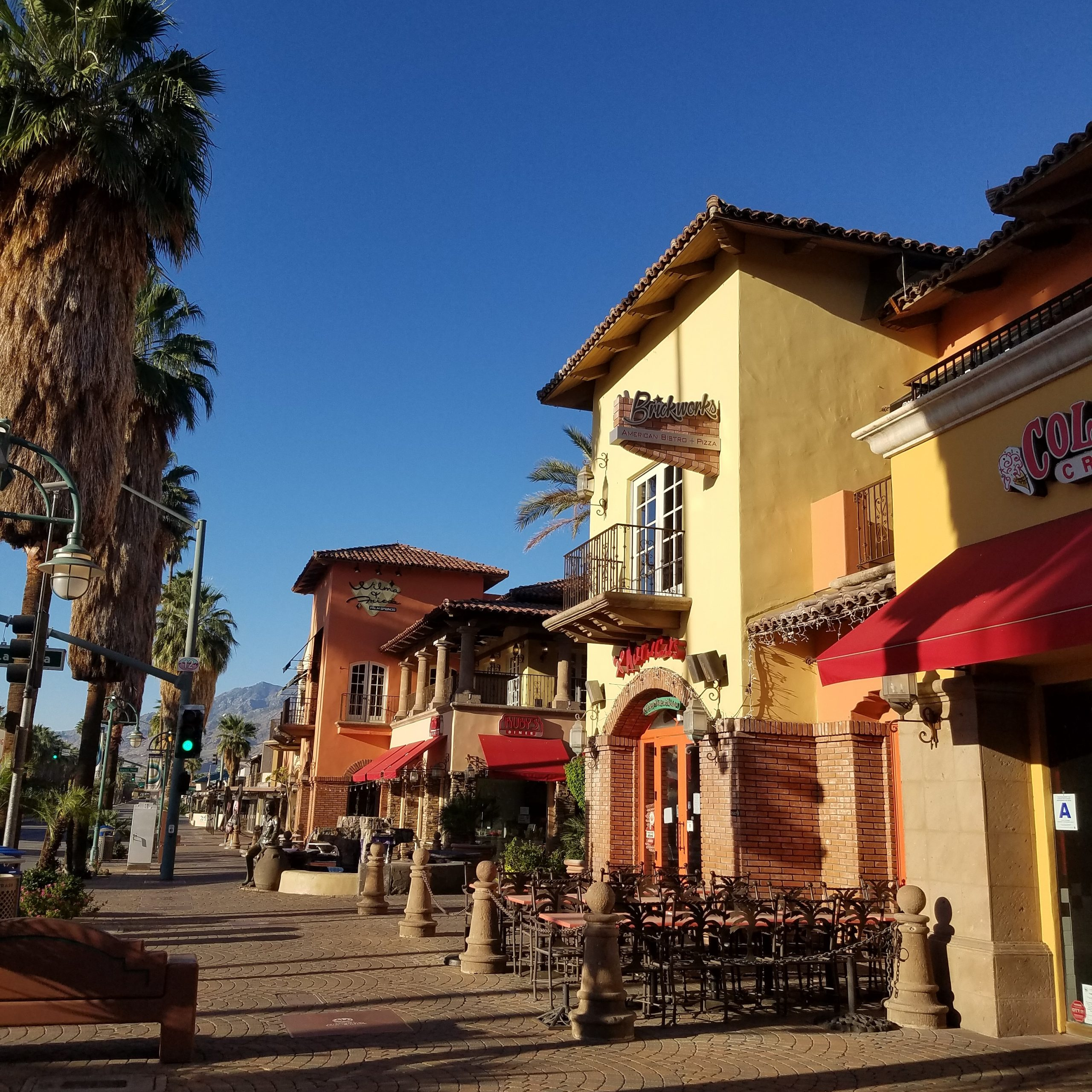 Shopping in downtown Palm Springs California