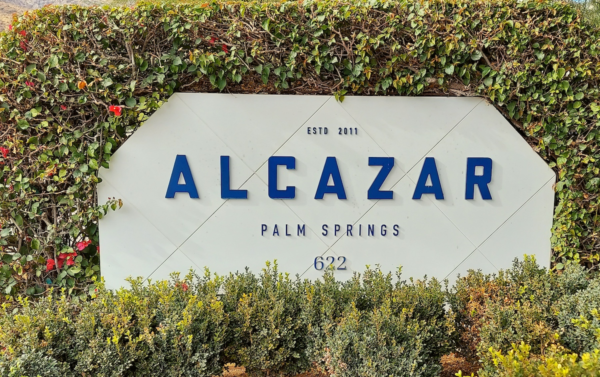 alcazar palm springs hotel sign