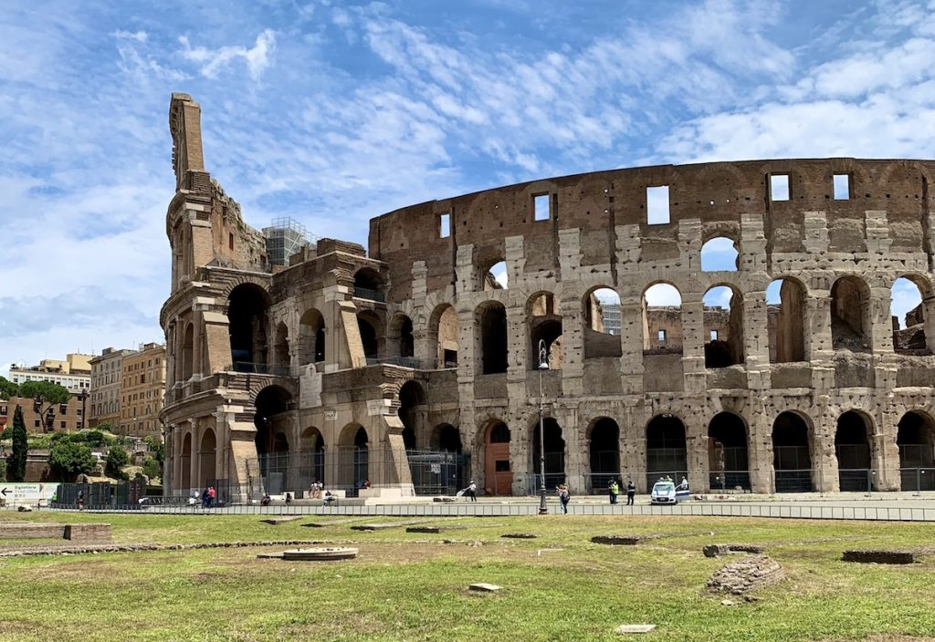 Colosseum during lunchtime