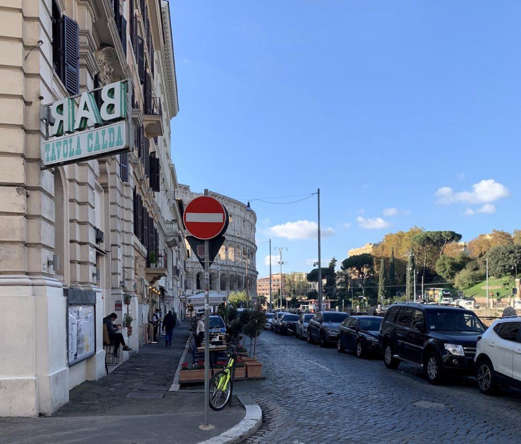 restaurant for where to eat near the Colosseum.JPG