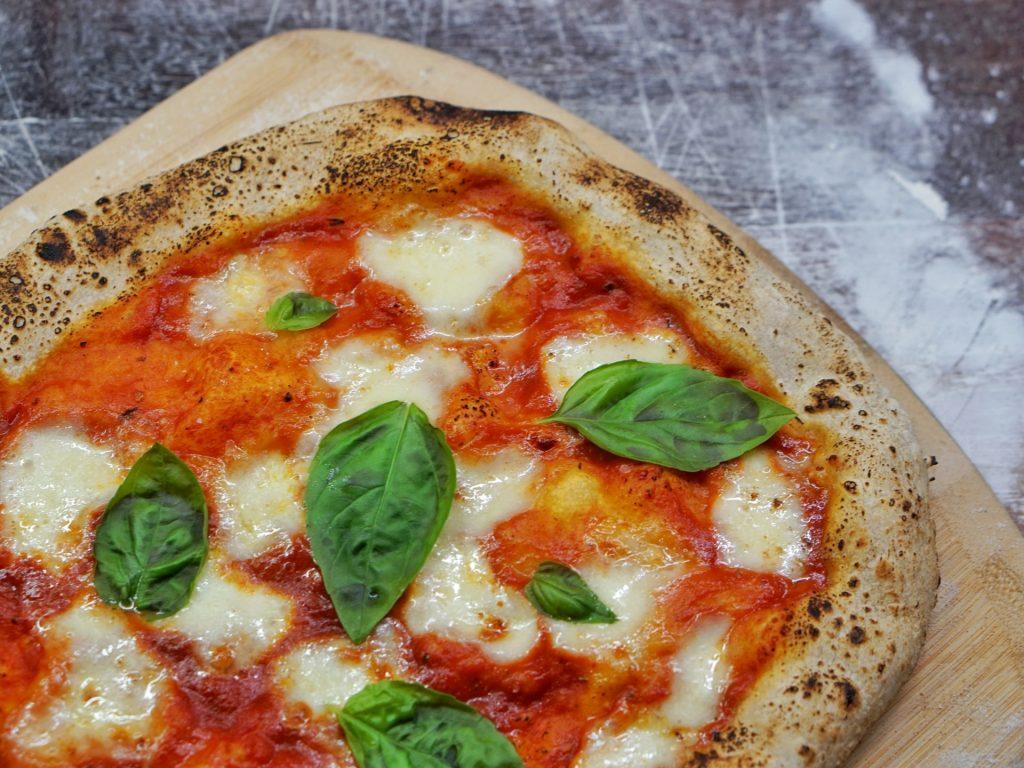 Pizza al taglio Roman street food