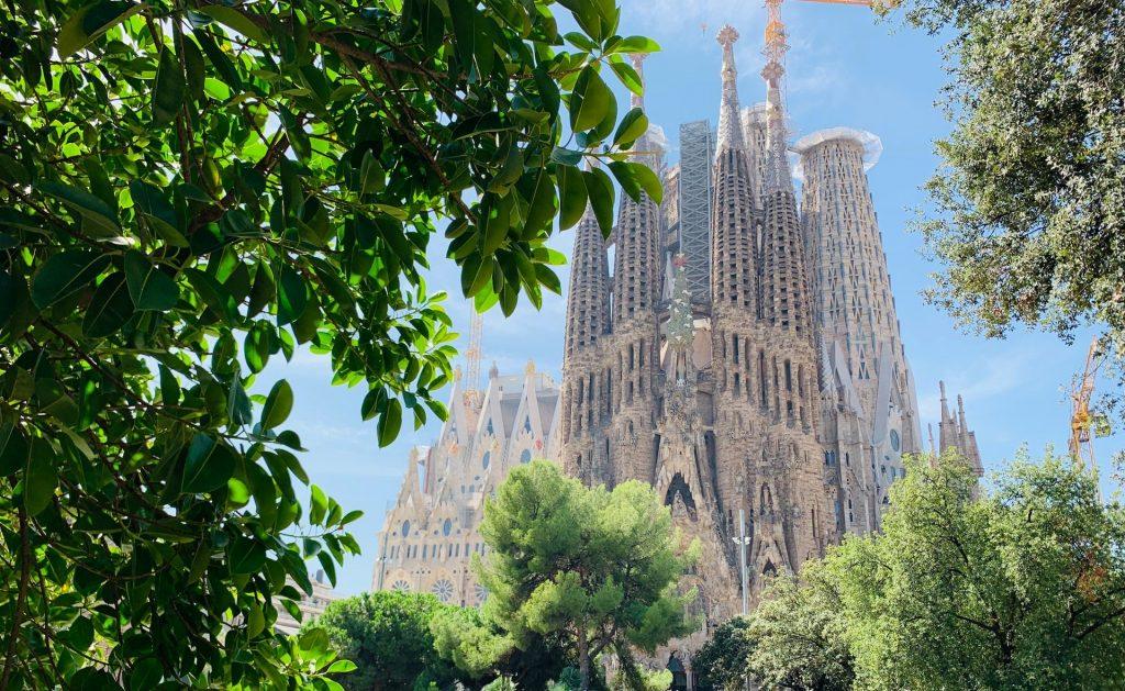 Sagrada Familia exterior with greenery
