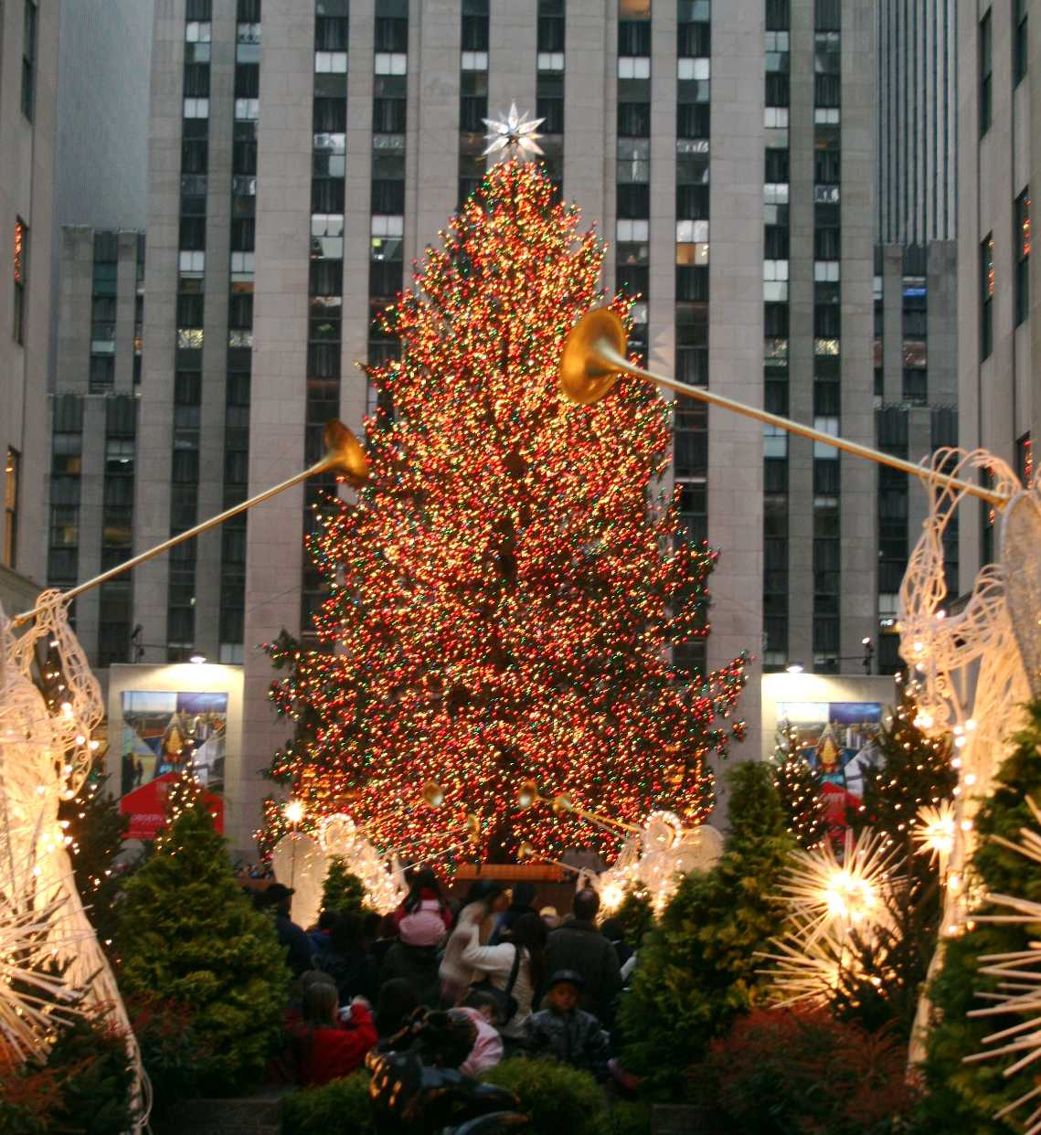 History of the Rockefeller Center Christmas Tree – ExperienceFirst
